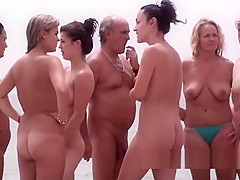 Nude Beach Girls