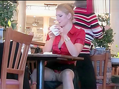 Pussy upskirt in cafe