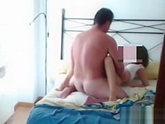 Screaming wif while she is fucked in the ass