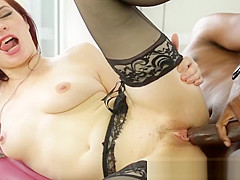 Cockhungry masseuse plowed by bbc