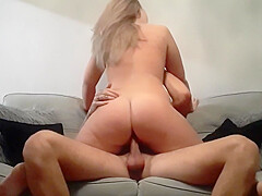 Amateur milf and husband blowjob and fuck on the couch