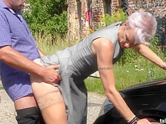 Cougar Milf Pissing And Fucking Outdoor