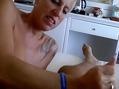 Mature Gets Creampied Before Playing With Hitachi With Vanessa Cool