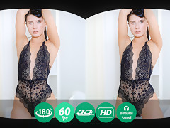 Nicole Black in Breathtaking Brunette Tries On New Clothes - TMWVRNet