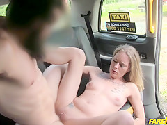 Billy King & Melody Pleasure in New driver fucks soaking wet pussy - FakeTaxi
