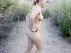 Nice Outdoor Amateur Sex with Creampie Finish in Pussy