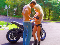 Bella Knockers in Vyxen Steel Fast and Furious - PegasProductions