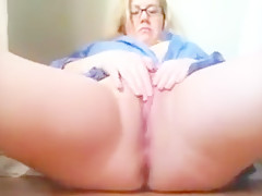 Thick and busty  with glasses masturbates