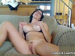 Livecam Sensual Penetration For Awesome Orgasm - KinkyFrenchies
