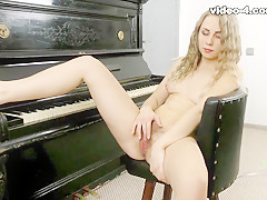 Margaret in Masturbation Movie - ATKHairy