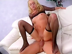 Wild blonde Kelly Wells spreads her legs and a big dick drills her ass