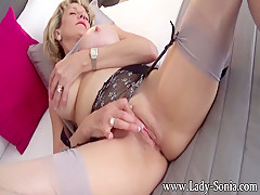 I love to masturbate in the afternoon - LadySonia