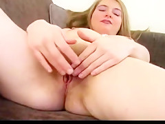Hairy blonde pissing