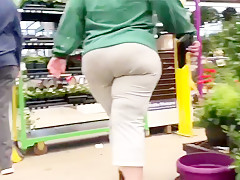 Candid soccer milf donk