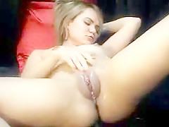 Amateur - hot fat pussy college girl - big squirter