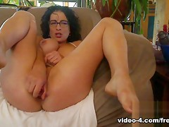 Livecam Bianca Fucks Both Holes And Tastes Her Ass - KinkyFrenchies