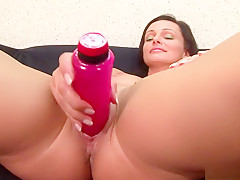 Sultry brunette with lovely big tits Cameron gets her pussy stretched