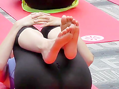 Yoga sluts public in New York City!