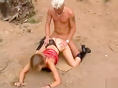 German amateur outdoor doggystyle